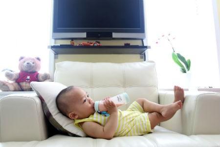Beneficios de la toma de leche para los infantes