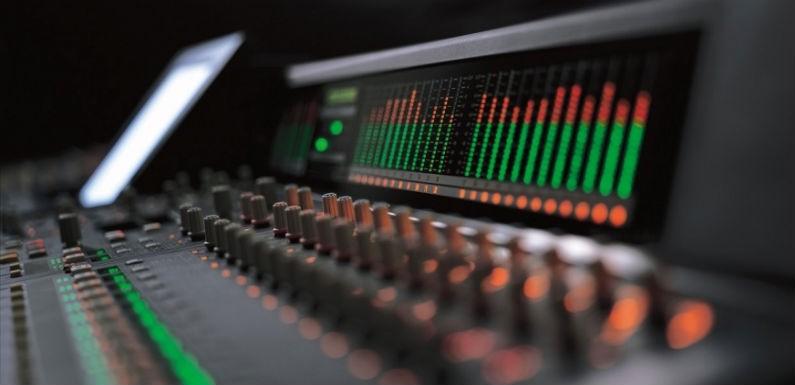 Estudio de grabación para crear música fundamental
