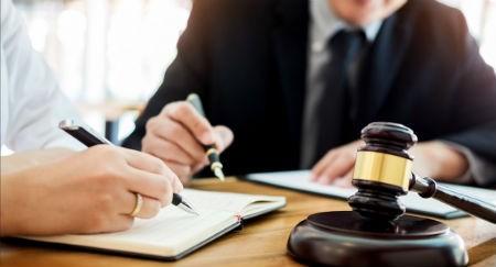 Asesores jurídicos profesionales