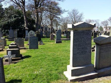 lápida para honrar familiar fallecido